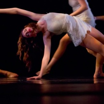 Contemporary dance transitions